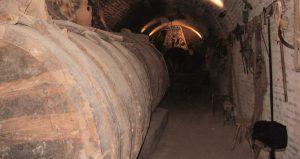 Numerosas bodegas tradicionales de Castilla y León todavía conservan este tipo de tonel