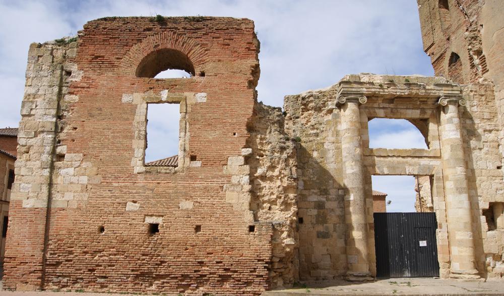 Restos de San Benito, que conservan parte de su esplendor