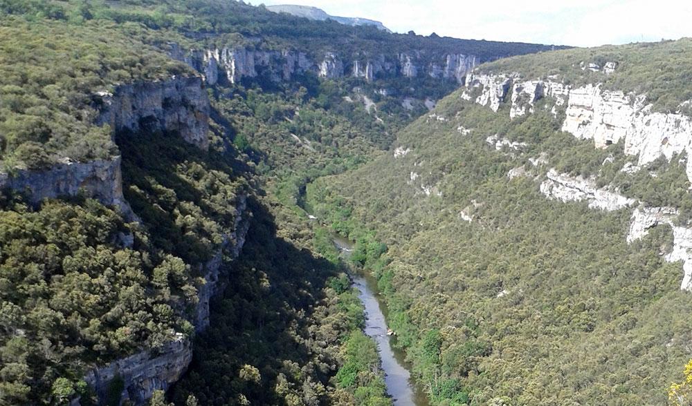 Panorámica del cañón desde el mirador de Pesquera de Ebro, frente a Cortiguera. Alfredo Allende.