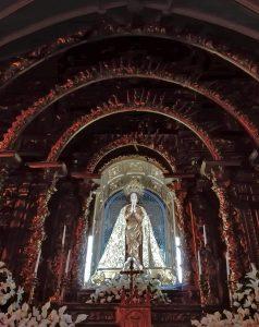 La Virgen de los Pegotes Foto: Ángel González.