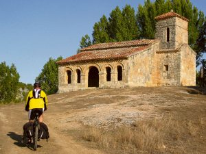 Ermita-mozarabe-Santa-Cecilia-SantibanezdelVal-Burgos-FOTO-Emilio-Cappa-Segis