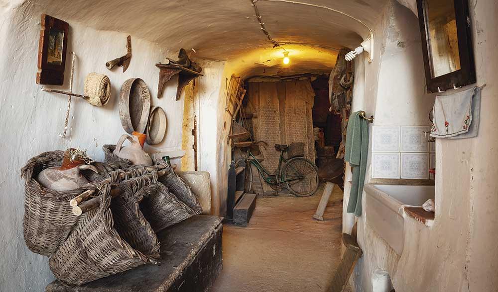 interior-casa-cueva